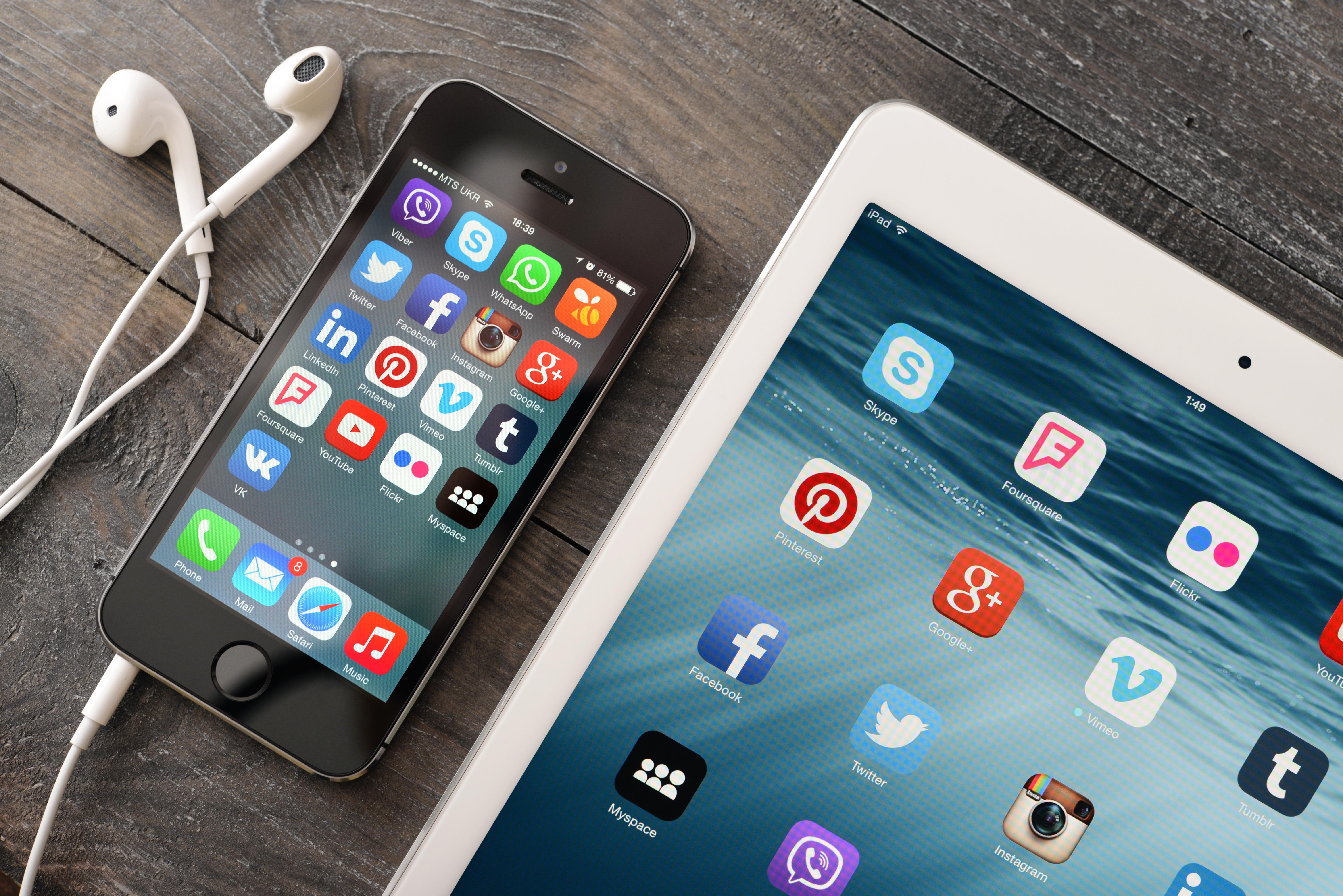 social media management tools free, best social media management tools 2018